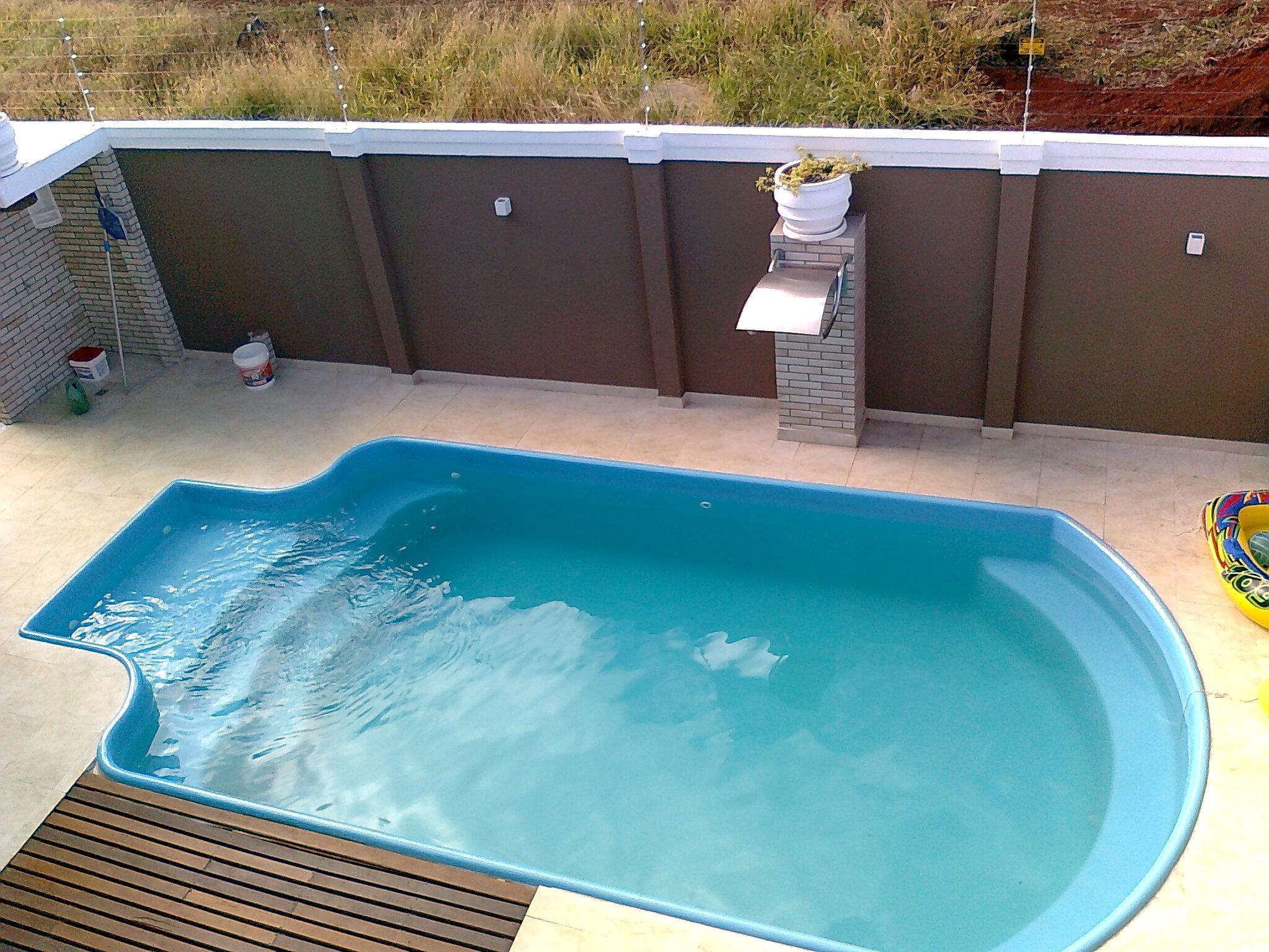 De fibra diazul instaladas abaixo fotos modelo piscina - Piscinas de fibra ...